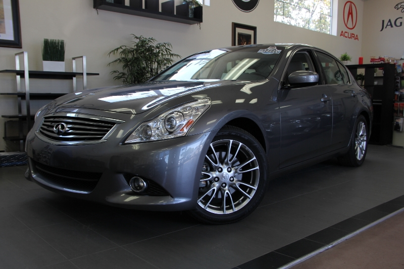 2012 Infiniti G37 Journey 4D Sedan Automatic Gray Tan This is a beautiful one owner California