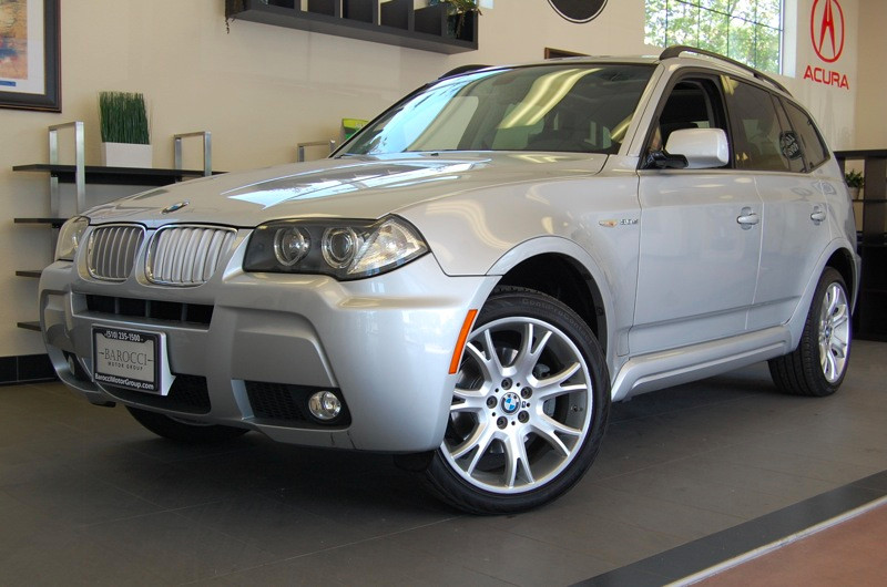 2007 BMW X3 30SI  M Package AWD Automatic Silver Black This X3 comes equipped with Heated Seats