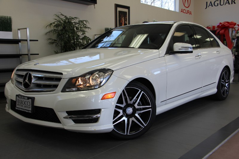 2013 MERCEDES C-Class C250 Sport 4dr Sedan Automatic White Black This C class is in like new con