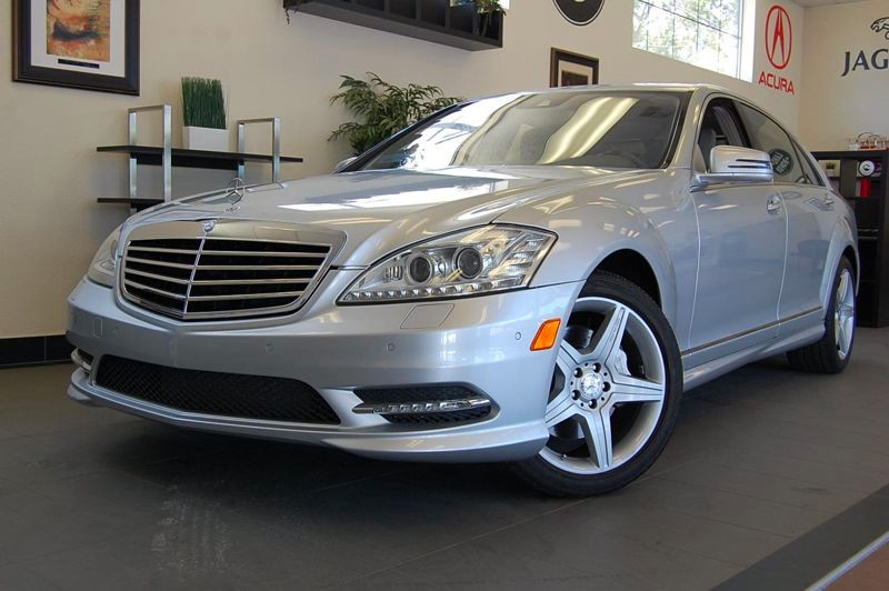 2011 MERCEDES S-Class S550 4dr Sport PKG AMG 7 Speed Auto Silver Gray  Beautiful S 550 sedan wi