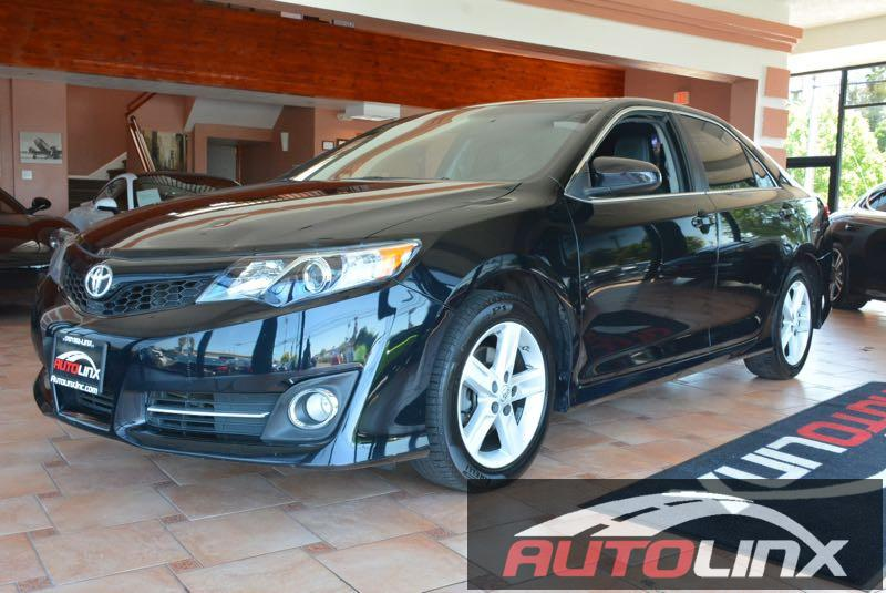 2013 Toyota Camry SE Limited Edition Automatic Black Black Black Dont let the miles fool you