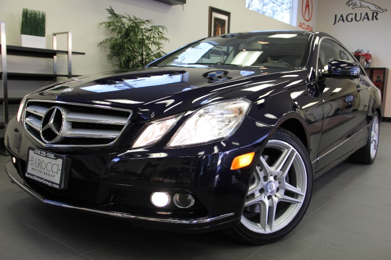 2011 MERCEDES E-Class E350 2dr Coupe 7 Speed Auto Dk Blue Beige This is a super nice One Owner