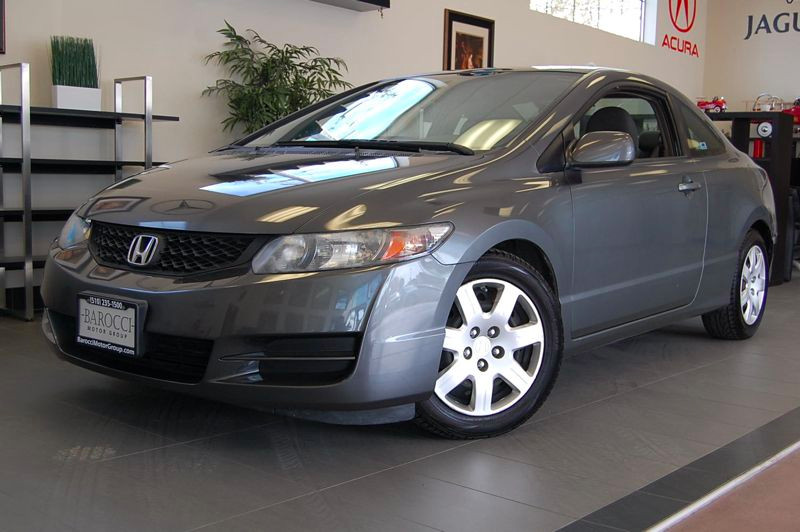 2009 Honda Civic LX Coupe 2dr FWD 5 Speed Auto Gray This is a Beautiful Civic with a clean Carfax