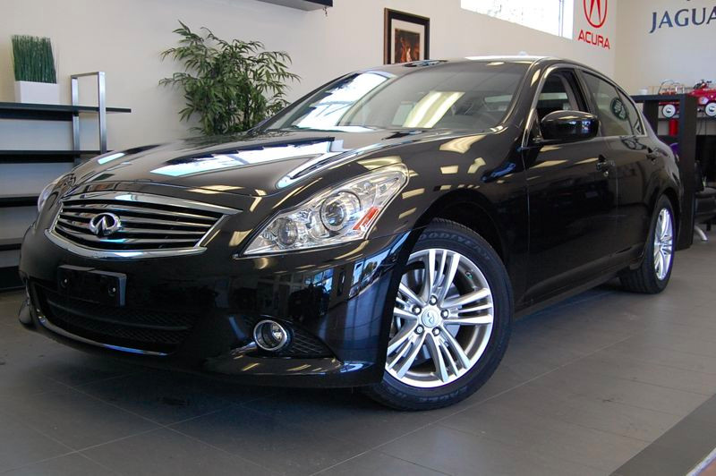 2013 Infiniti G37 Sedan Journey 4dr -NAVIGATION 7 Speed Auto Black Black This is a fantastic Sed
