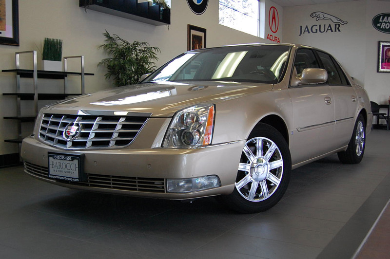 2006 Cadillac DTS Luxury I 4dr Sedan 4 Speed Auto Gold Tan Owned by only 2 people in California