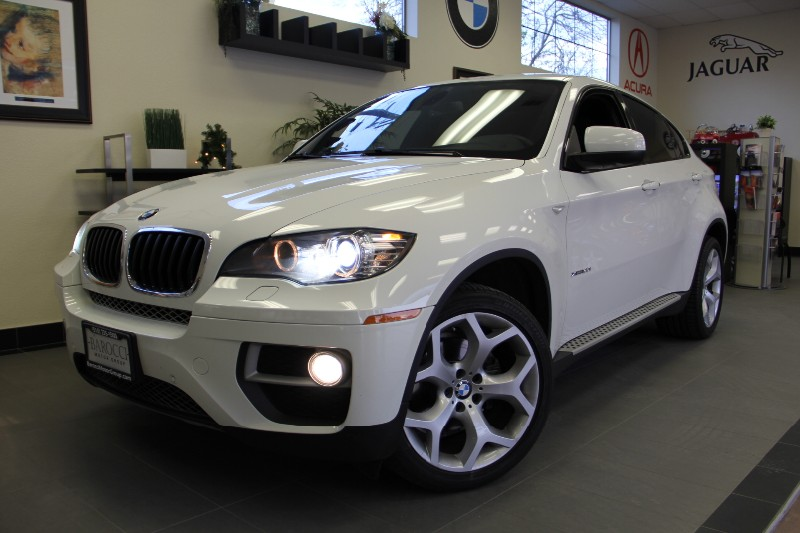 2013 BMW X6 SPORT PKG XDrive35i AWD Beautiful Color Automatic White Black This is a beautiful X