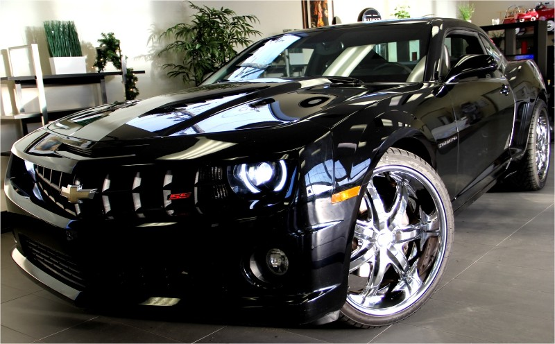 2010 Chevrolet Camaro SS 2dr Coupe w2SS Automatic Black Black This is a beautiful vehicle Nice