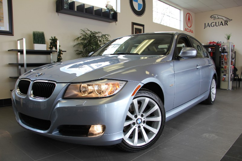 2011 BMW 3 Series 328i XDrive AWD Automatic Blue Tan This Vehicle is Absolutely Beautiful grea