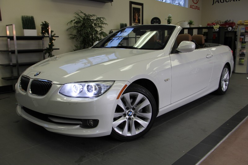 2011 BMW 3 Series 328i Convertible Automatic White Brown One owner clean Carfax vehicle ready f