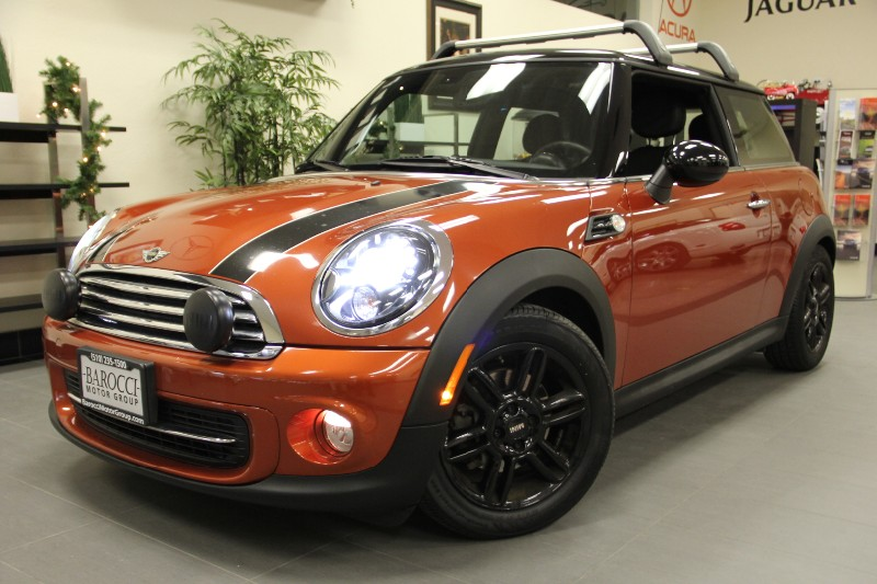 2012 MINI Cooper Sport PKG Technology PKG 6 Speed Manual Orange Black Beautiful Mini Orange Ex