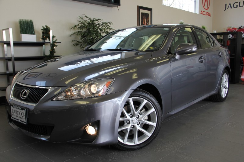 2012 Lexus IS 250 Sedan Keyless Entry  GO Automatic Gray Tan This is a beautiful IS 250 with b