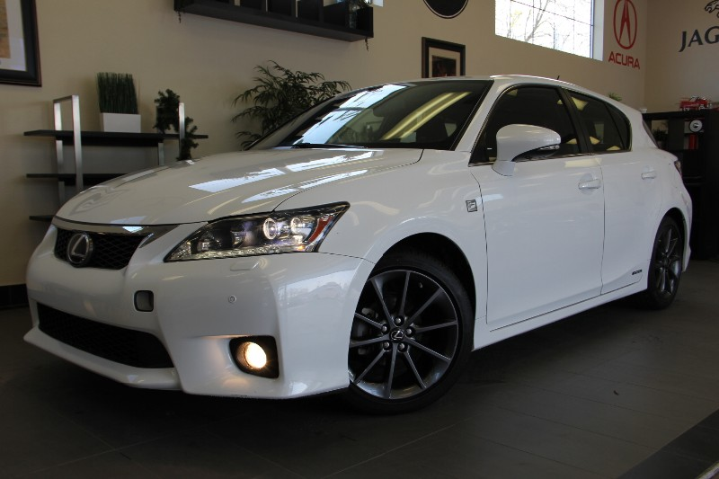 2013 Lexus CT 200h F SPORT 4dr Hybrid F SPORT Automatic White Black A beautiful Hybrid that get
