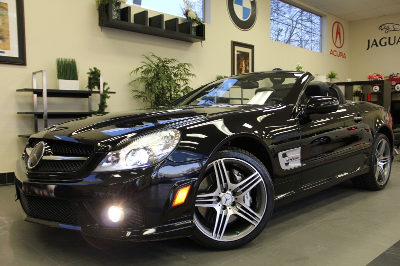 2009 MERCEDES SL-Class SL63 AMG Convertible 2dr RWD Automatic Black Black This is a beautiful ve