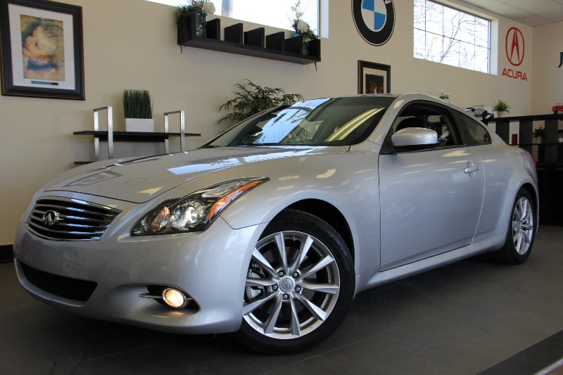 2013 Infiniti G37 Coupe Journey 2dr Coupe Automatic Silver Black Beautiful 1 Owner car with a to
