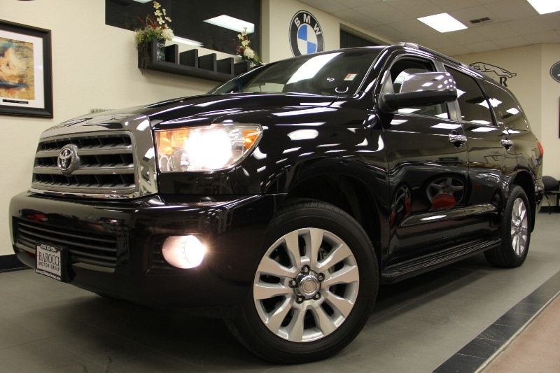 2008 Toyota Sequoia Platinum SUV 4X2 Automatic Black Gray This Car Is loaded with options whethe