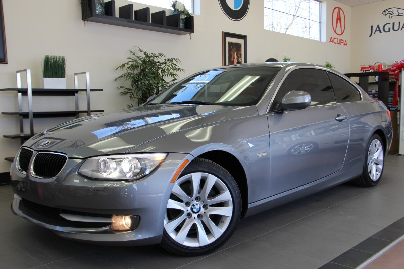 2012 BMW 3 Series 328i 2dr Coupe Great Deal Automatic Gray Red This is a beautiful vehicle in