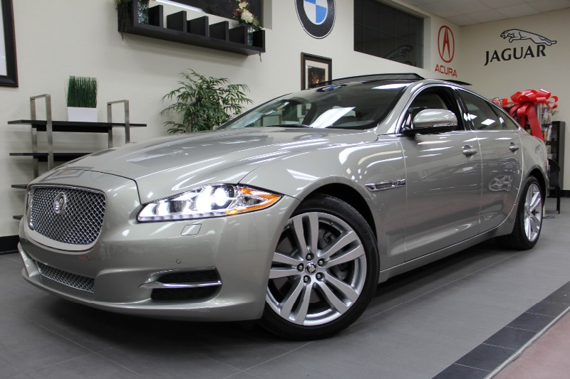 2011 Jaguar XJ 4dr Sedan Great Price Automatic Gold Tan California owned with Navigation Par