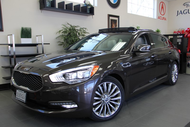2015 KIA K900 4DR Very Low Miles Automatic Dk Brown Tan Very Low Miles will save you tons of m