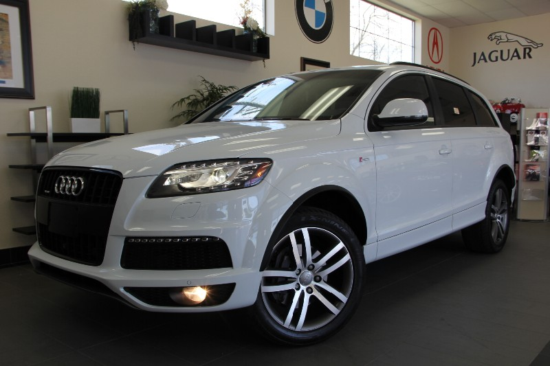 2013 Audi Q7 30T quattro S line AWD Automatic White Black Gorgeous White is the best color out