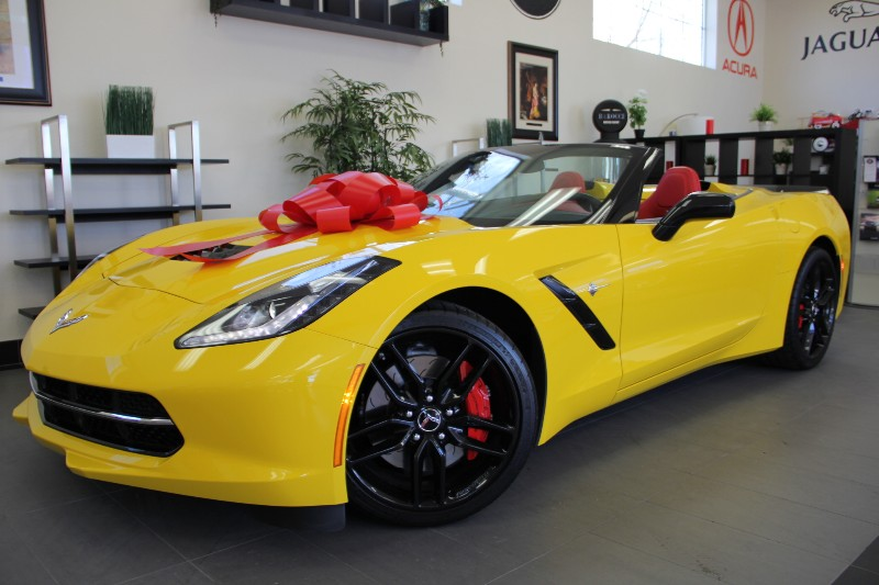 2014 Chevrolet Corvette Stingray Z51 2dr Convertible w3LT Automatic Yellow Red This Immaculate