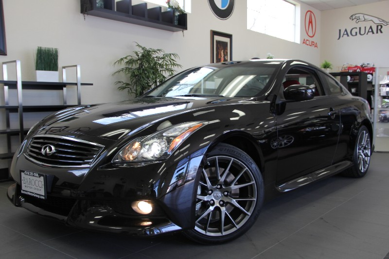 2011 Infiniti IPL G Coupe IPL 2 Dr Coupe Automatic Black Red Beautiful 1 Owner car with a clean