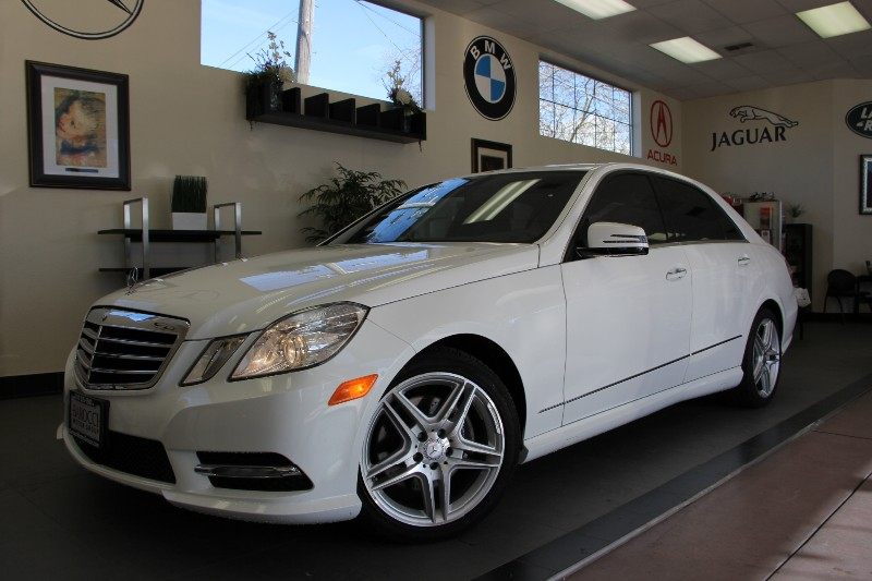 2013 MERCEDES E-Class E350 Sport 4dr Sedan Automatic White Black Gorgeous White E-Class with so
