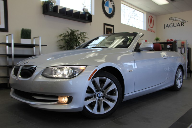 2011 BMW 3 Series 328i 2dr Convertible Automatic Silver Red Beautiful car to start your summer
