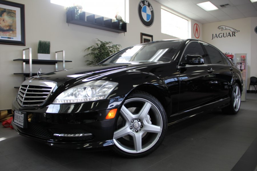 2013 MERCEDES S-Class S550 4dr Sedan Sport Pkg Automatic Black Black Beautiful S Class with Pa