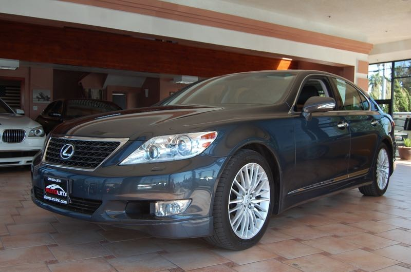 2011 Lexus LS 460 Luxury Sedan 8-Speed Automatic Gray Black Leather Come to AutoLinx Inc In