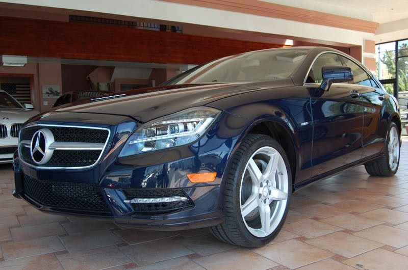 2012 MERCEDES CLS550 4dr Sedan 7 Speed Auto Blue Tan Nav Turbo Your quest for a gently used c