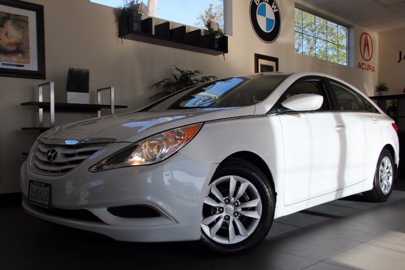 2013 Hyundai Sonata GLS 4dr Sedan Automatic White Tan Great Deal  Features include Bluetooth p
