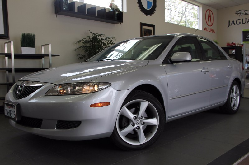 2005 Mazda MAZDA6 i 4dr Sports Sedan Automatic Silver Gray Clean Car has Parking Sensors Grea
