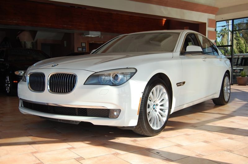 2012 BMW 7-Series 750i Active Hybrid 8-Speed Automatic White Black 44L V8 DOHC Twin Turbocharg