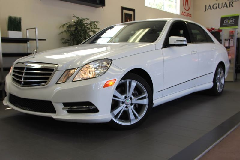 2013 MERCEDES E-Class E350 Sport 4dr Sedan 7 Speed Auto White Comes with the Premium Harman Kard