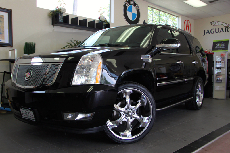 2008 Cadillac Escalade Base SUV 4dr AWD 6 Speed Auto Black Black This is a beautiful vehicle in
