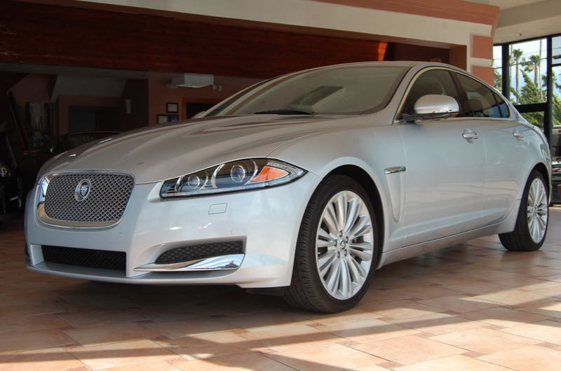 2012 Jaguar XF-Series XF Portfolio 6-Speed Automatic Silver Black Black Leather You NEED to se