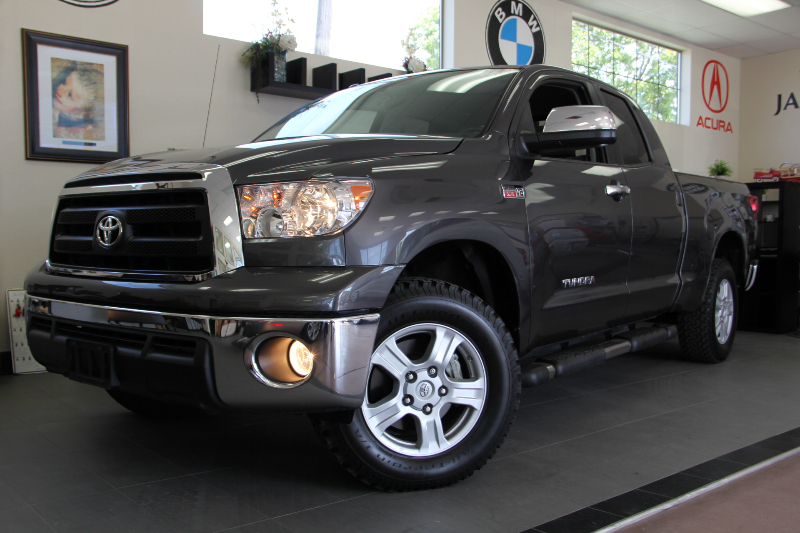 2013 Toyota Tundra Grade 4x4  4dr Double Cab 6 Speed Auto Gray Gray Fantastic work truck with 4