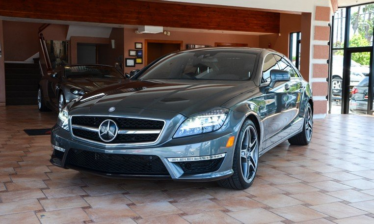 2012 MERCEDES CLS-Class CLS63 AMG 7-Speed Automatic Gray Black Accident free Carfax History On