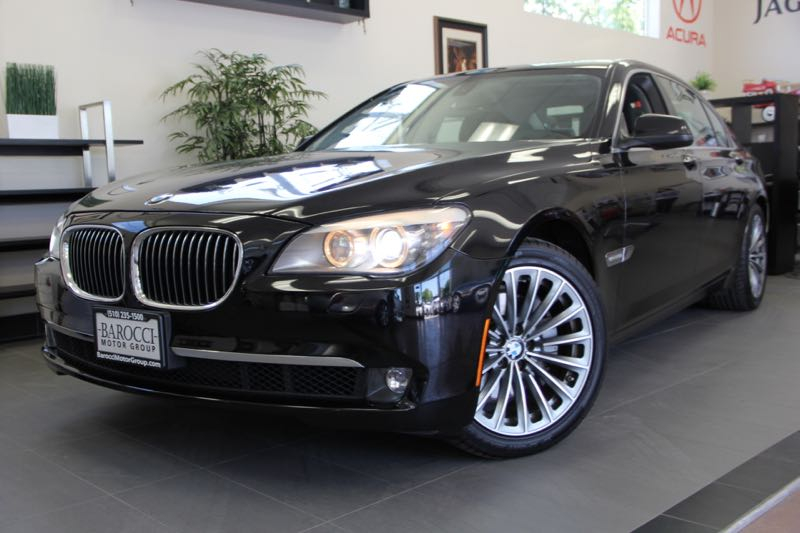2012 BMW 7 Series 740Li 4dr Sedan 6 Speed Auto Black Black Gorgeous 740Li with the long wheelba