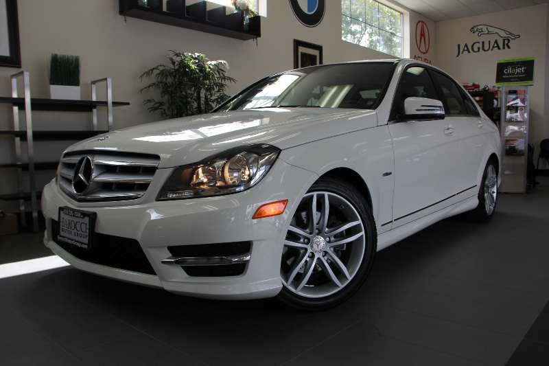 2012 MERCEDES C-Class C250 4dr Sedan 7 Speed Auto White Other This is a beautiful 2012 Mercedes