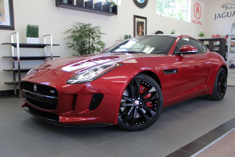 2015 Jaguar F-Type S Coupe 8-Speed Automatic Red This is a beautiful vehicle in great condition