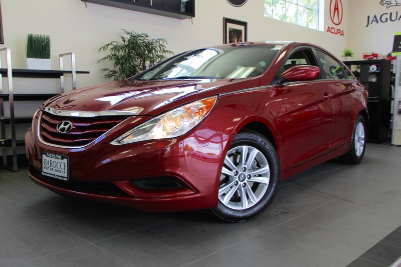 2012 Hyundai Sonata GLS 4dr Sedan 6 Speed Auto Red Tan Features include Bluetooth phone connect
