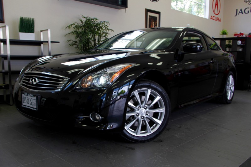 2013 Infiniti G37 Coupe X AWD  2dr CoupeHARD TO FIND 7 Speed Auto Black Black This is a beauti