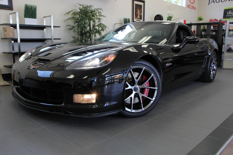 2006 Chevrolet Corvette Z06 2dr Coupe 6 Speed Manual Black Black This Z06 2LZ includes a ton of