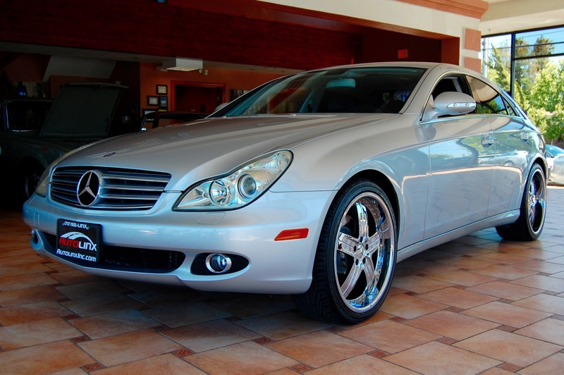 2006 MERCEDES CLS-Class CLS500 4-Door Coupe 7-Speed Automatic Silver Black Silver Bullet Ready