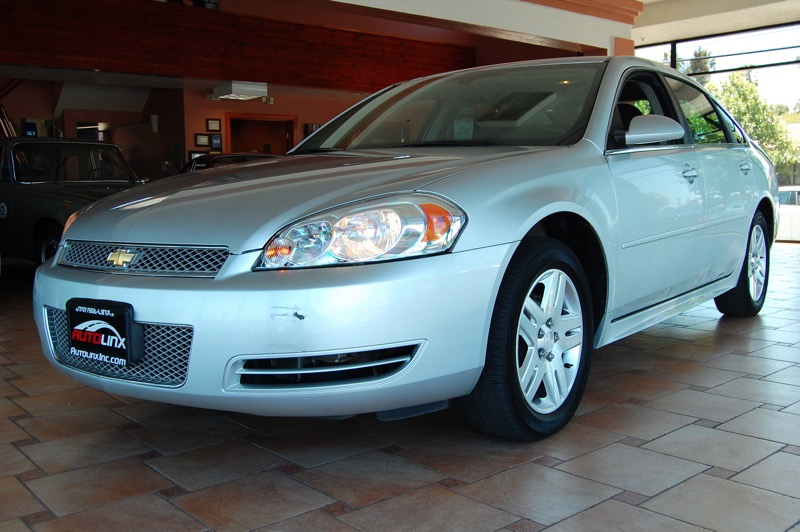 2013 Chevrolet Impala LT 6-Speed Automatic Silver Black Flex Fuel Silver Bullet If you are lo