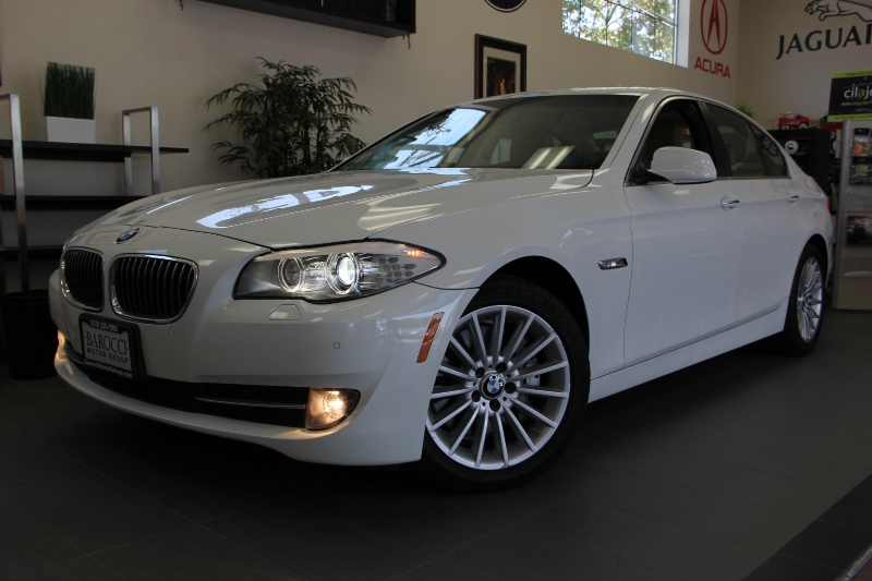 2012 BMW 5 Series 535i 4dr SedanNavi Automatic White ABS Air Conditioning Alarm Alloy Wheel