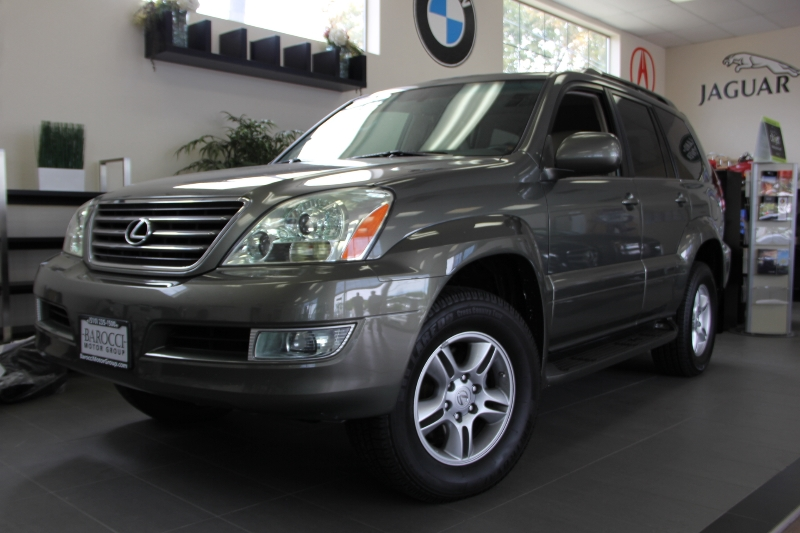 2006 Lexus GX 470 4dr SUV 4WD 5 Speed Auto Gray Beige This is a very nice Lexus GX470 with Leat