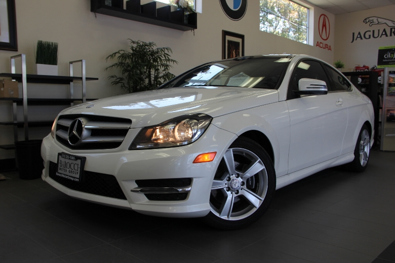 2013 MERCEDES C-Class C250 2dr Coupe 7 Speed Auto White Black This beautiful car gets an estima