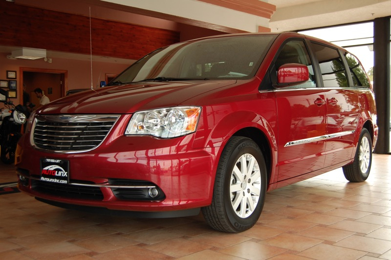 2014 Chrysler Town  Country Touring 6-Speed Automatic Red Black Leather Red Hot The AutoLinx
